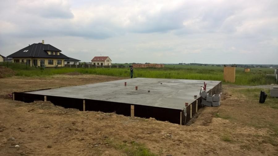 Tepelně-izolační zásyp pro stavbu základové desky