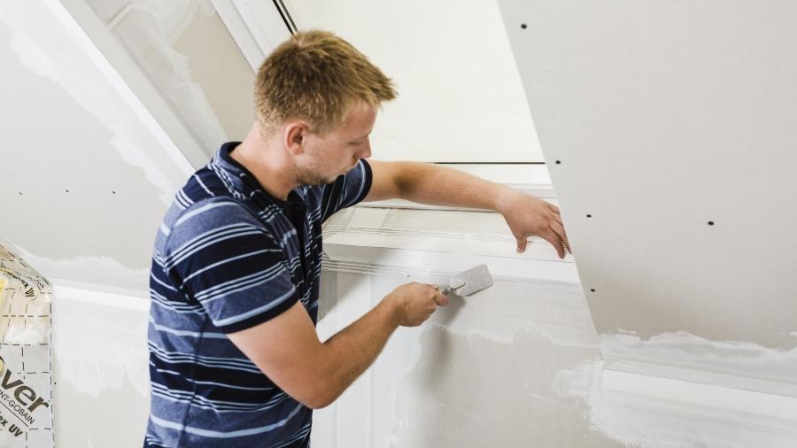Pracovní postup: Jak ochránit rohy a kouty před praskáním a poškozením
