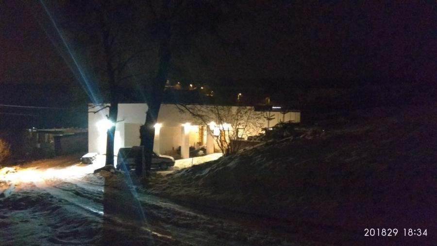 Rekonstrukce starého domu - zkouška nanečisto. První viniční trať na domě v ČR