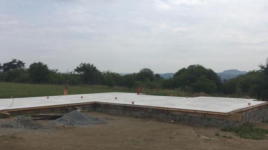 Betonová základová deska