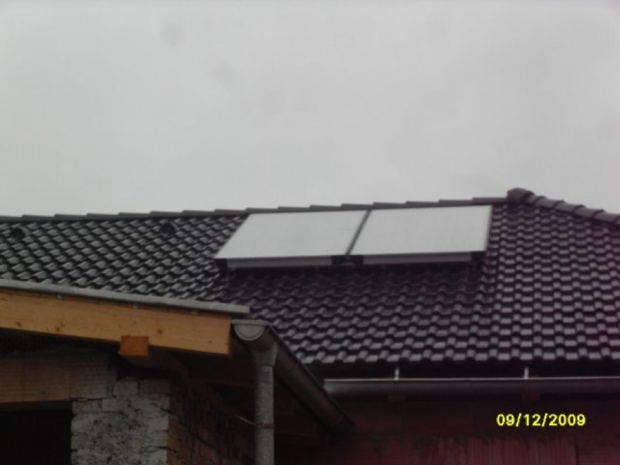 Plynová přípojka + montáž solárních panelů