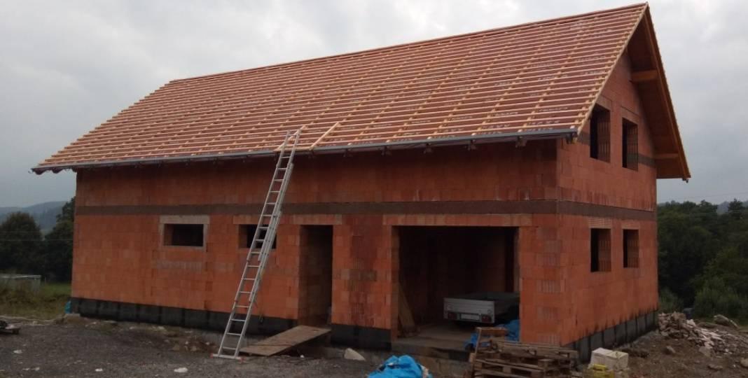 Střecha – izolace a laťování