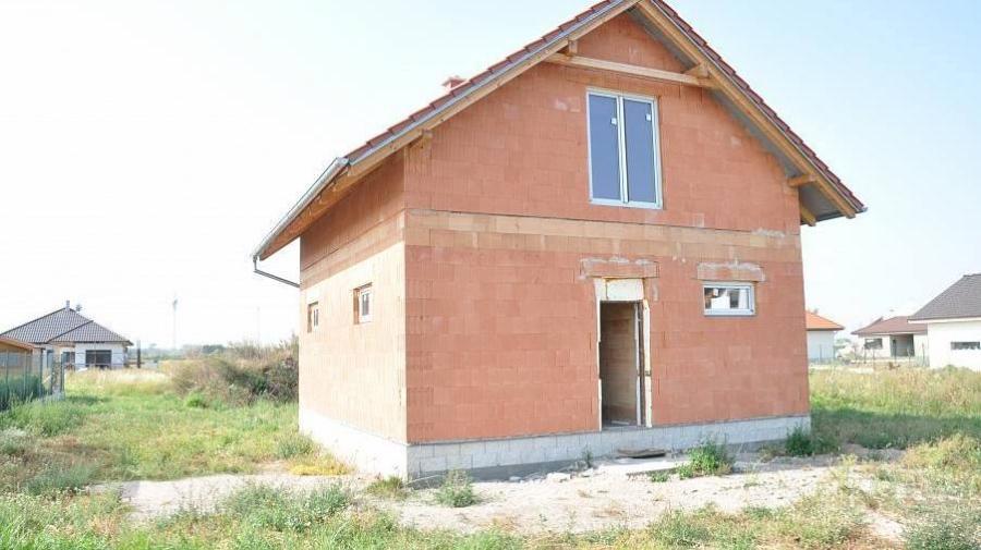 Koupě domu (hrubé stavby) - Začátky