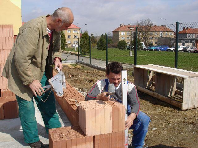 Jak ušetřit při výstavbě z POROTHERMU
