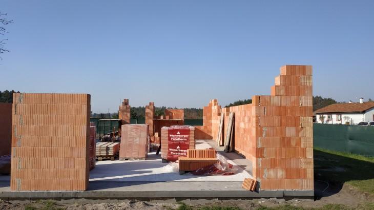 Stavba domu v pandemii - 2. obvodové zdivo a překlady