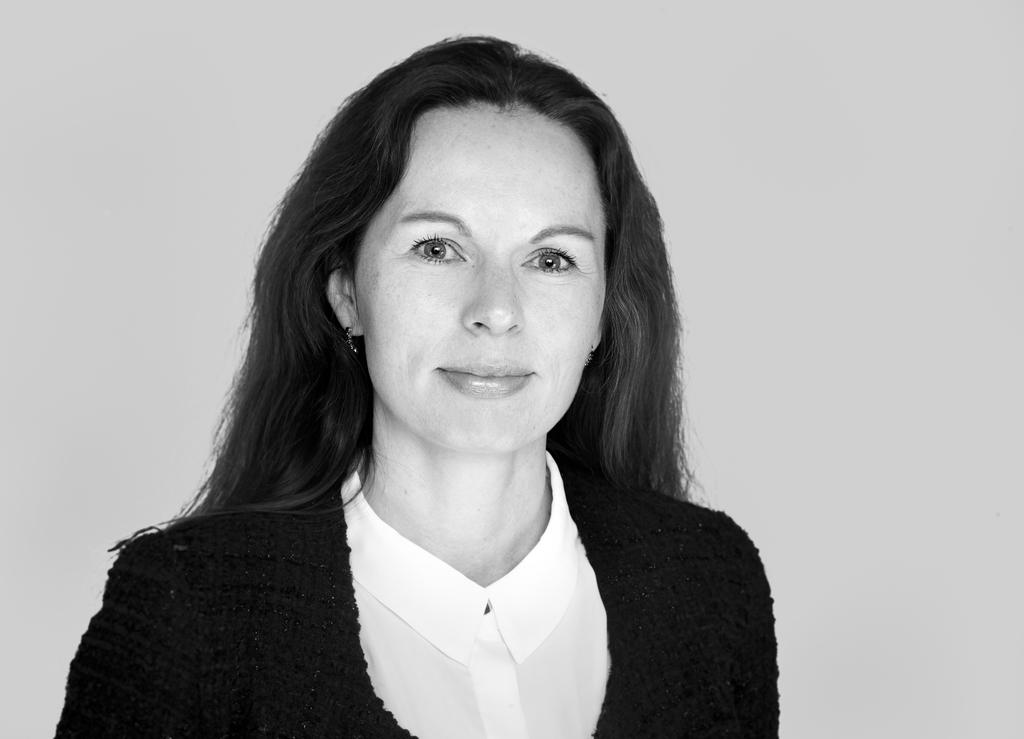 Hanna Norum Motzfeldt har fått advokatbevilling