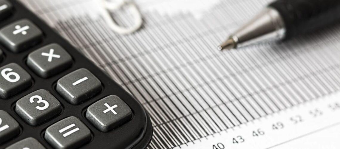 kalkulator og penn