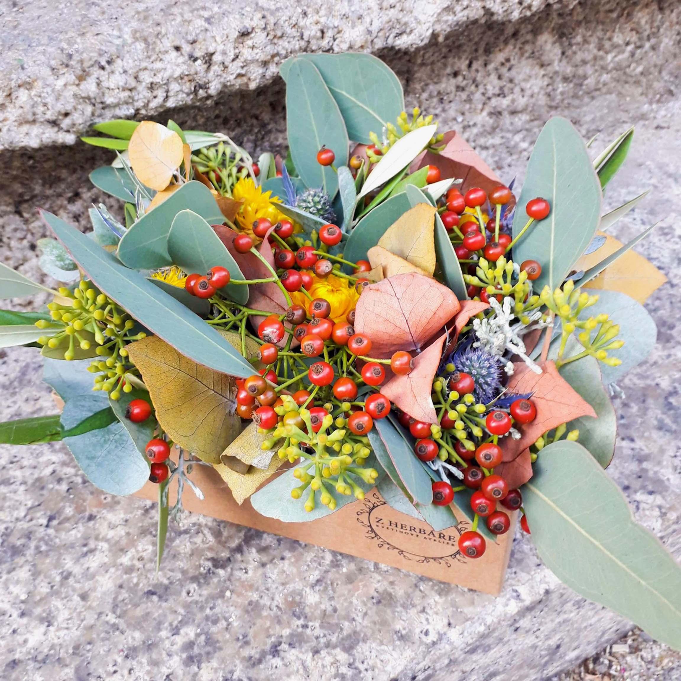Květinová dekorace podzim