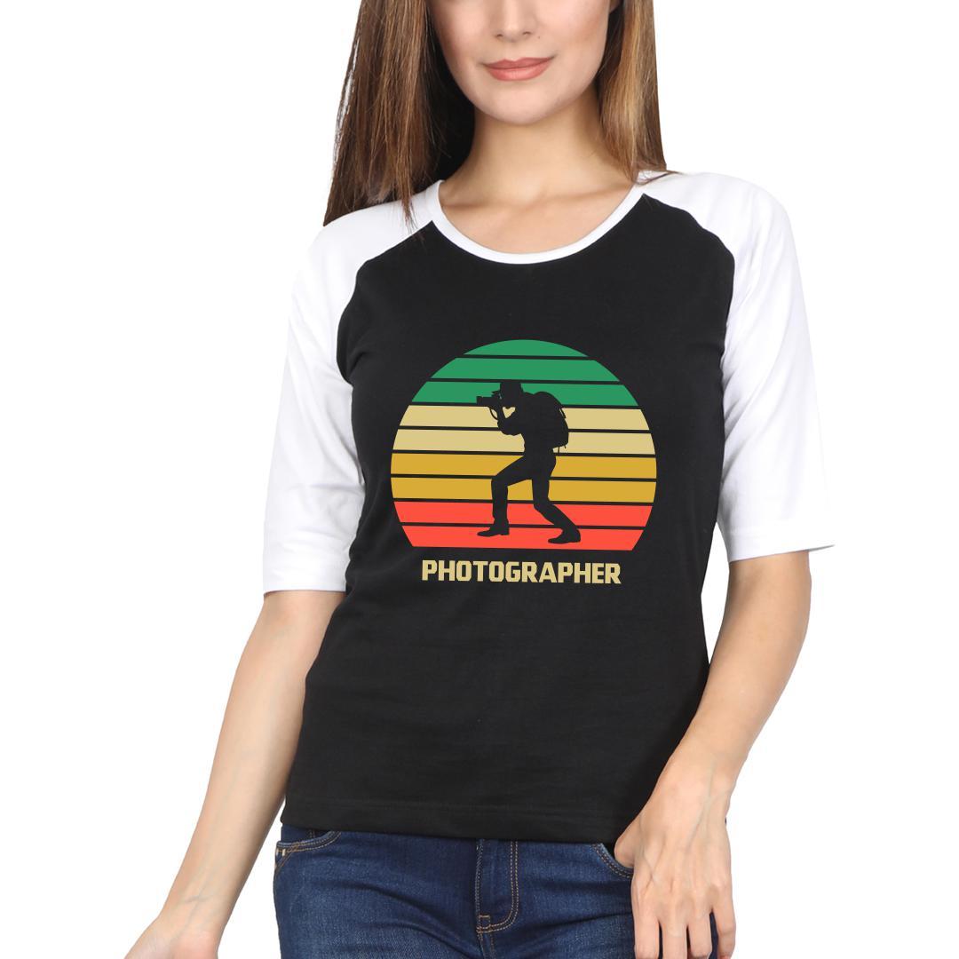1575b382 Photographer Vintage Retro Look Colourful Women Raglan T Shirt White Black Front