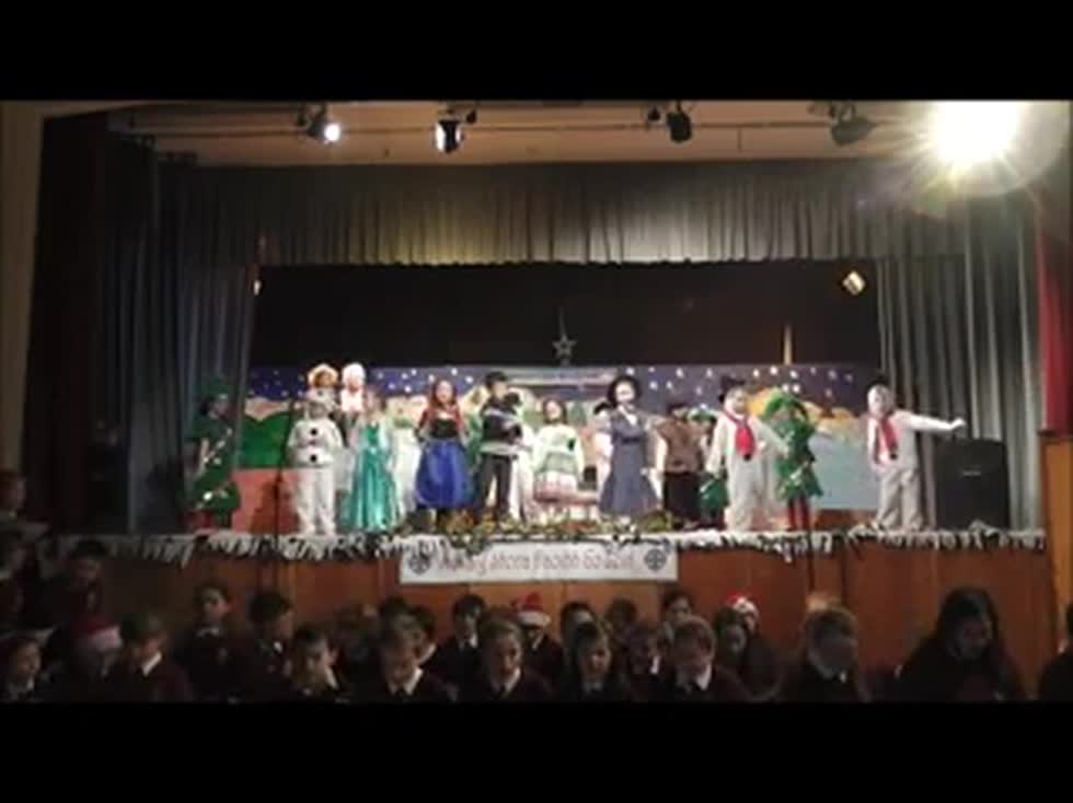 Mary Poppins - R2-R3 - Nollaig 2015