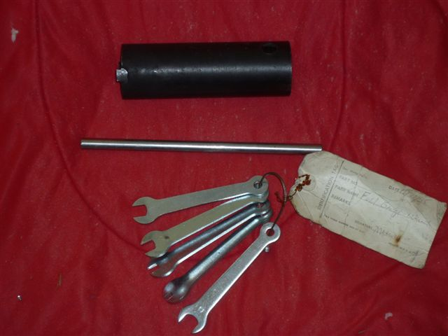Wrench set used when servicing fuel gauge