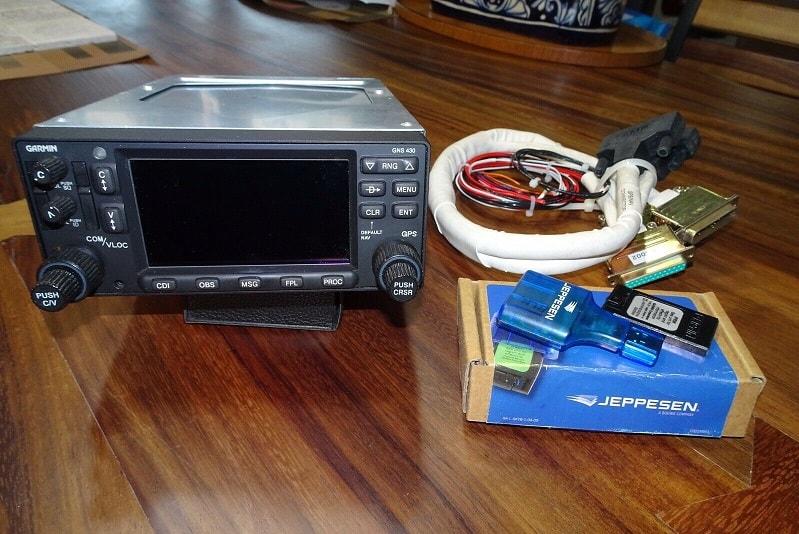 Garmin 430W WAAS GPS Nav/Comm 14/28V