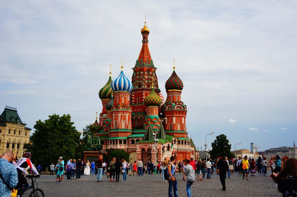 바실리 성당. 러시아 건축물 중에 가장 멋지다고 생각한다. 테트리스로도 유명하다.