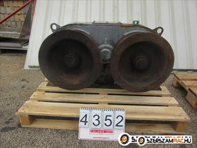 4352 - Hajtómű
