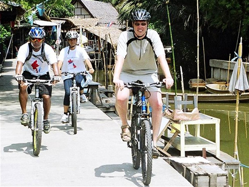 The Best Way to See Bangkok - Bicycle Tours