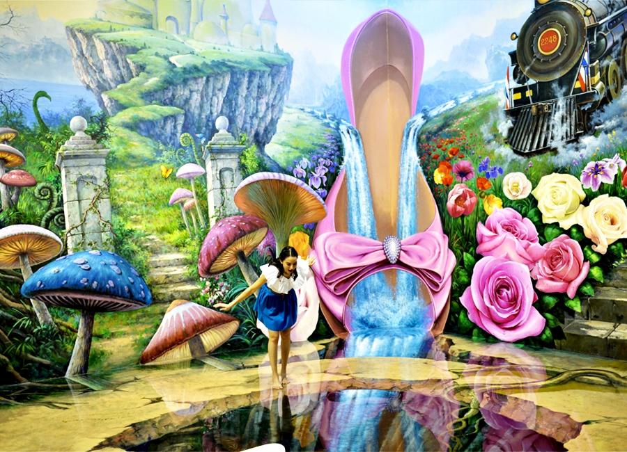 Art in Paradise Bangkok