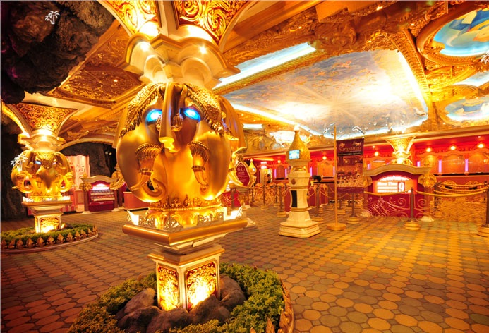 Phuket Fantasea (includes Japanese and Indian, except Asian residents)
