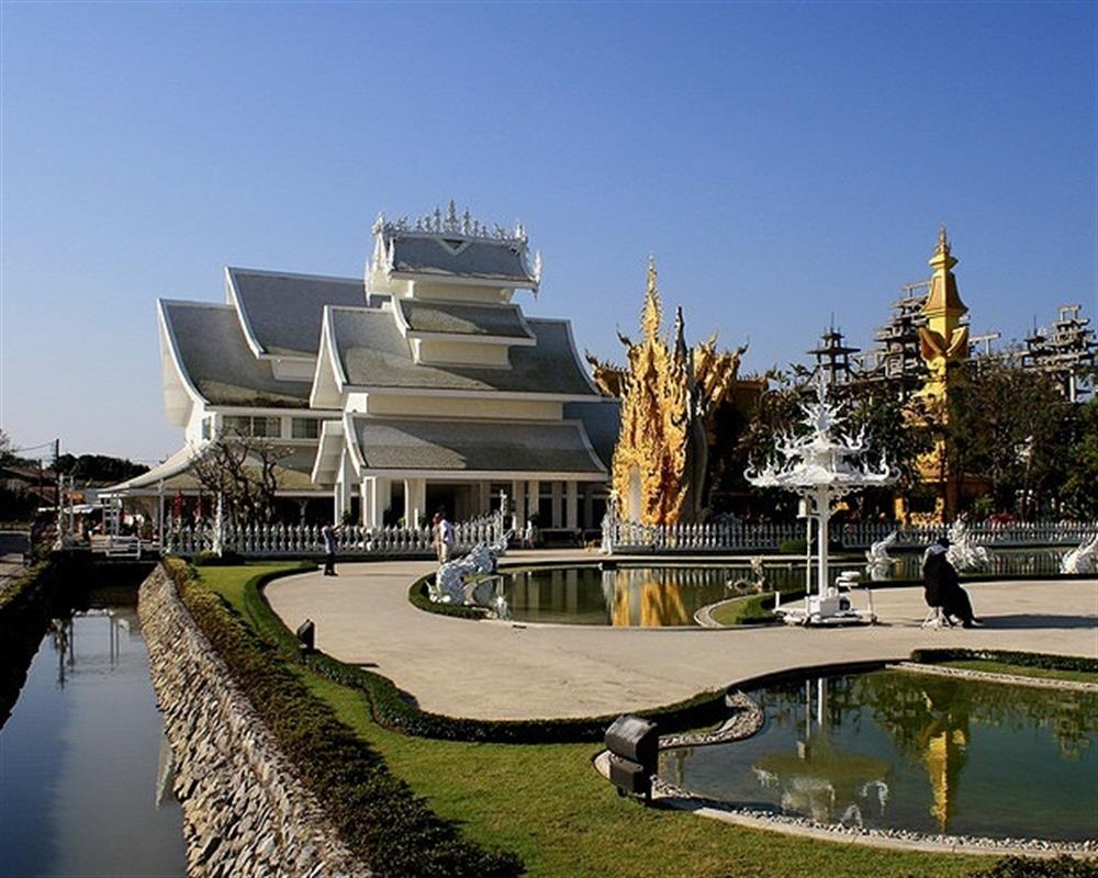Chiang Rai One Day Tour & Wat Rong Khun from Chiang Mai (Private Tour)