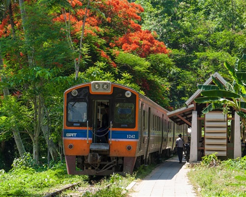 Nam Tok Saiyoke Noi by Train from Bangkok