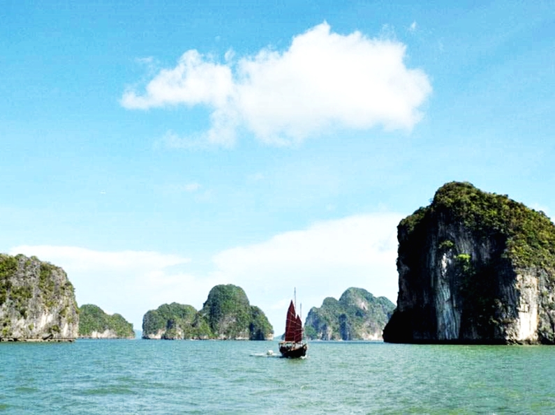 Sunset Cruise of Phang Nga Bay by June Bahtra