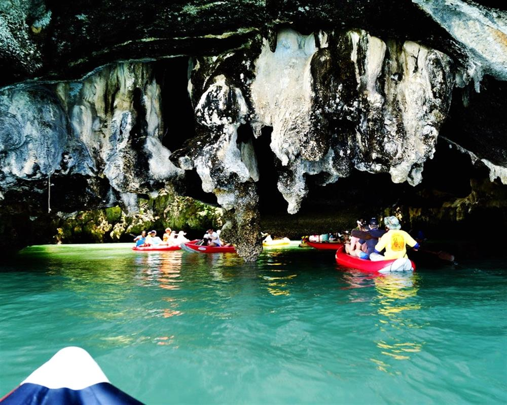 James Bond Island and Sea Cave Canoe from Khaolak