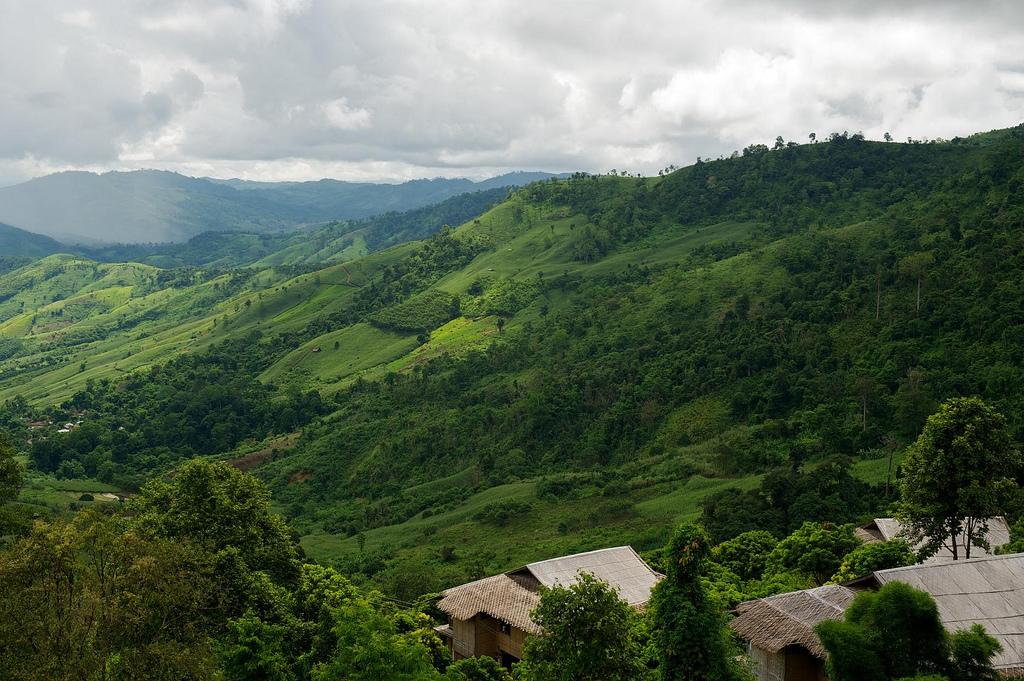 Hmong Experience at Lanjia Lodge