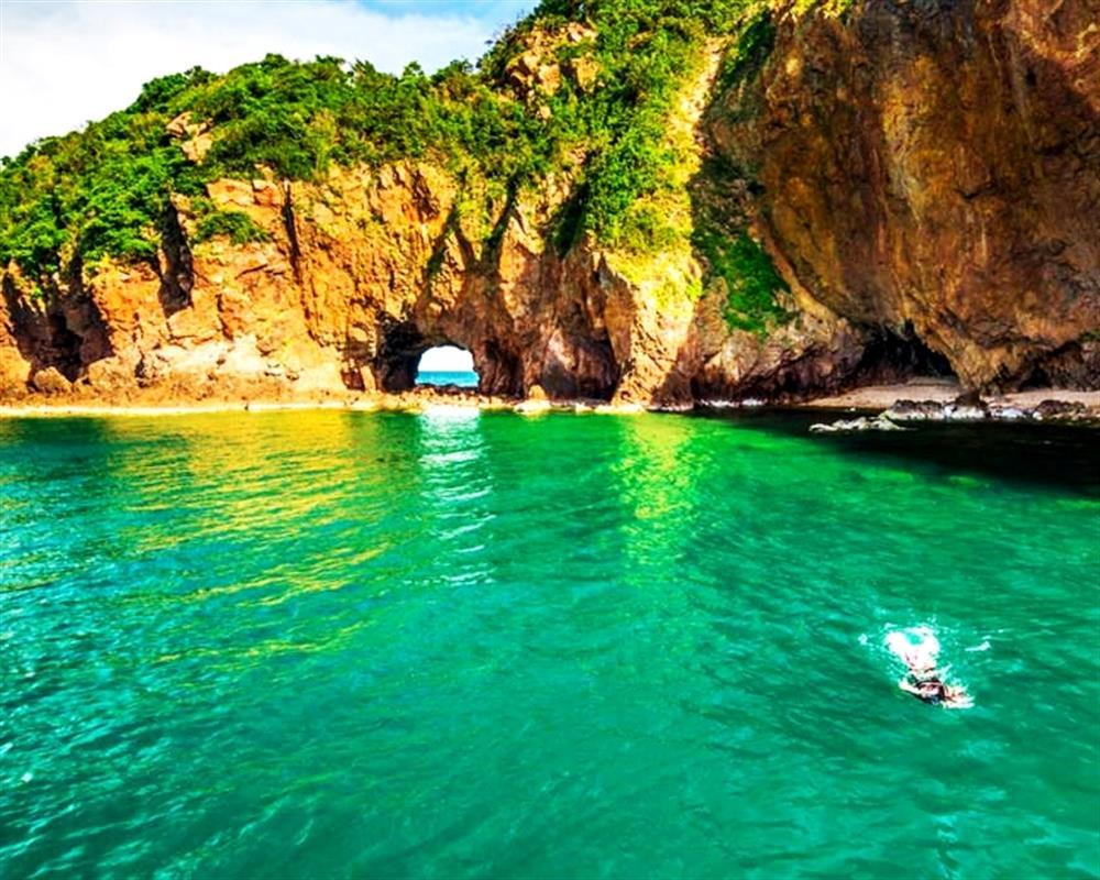 Koh Talu Island Snorkeling