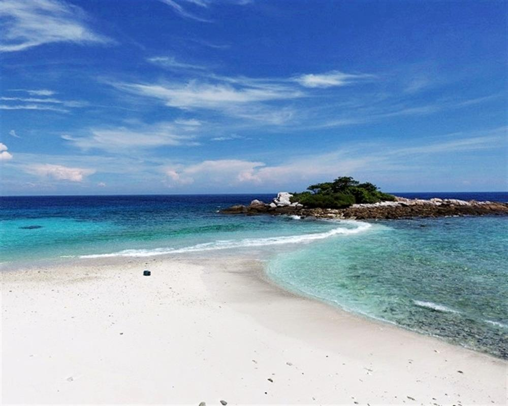 Premium Day Trips Power Catamaran Sunset Cruise With Snorkeling in Maithon & Racha Island