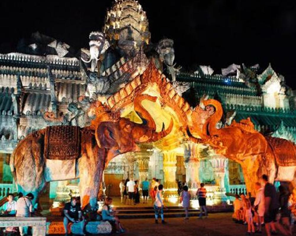 Phuket FantaSea (for ASEAN and Korea nationality)