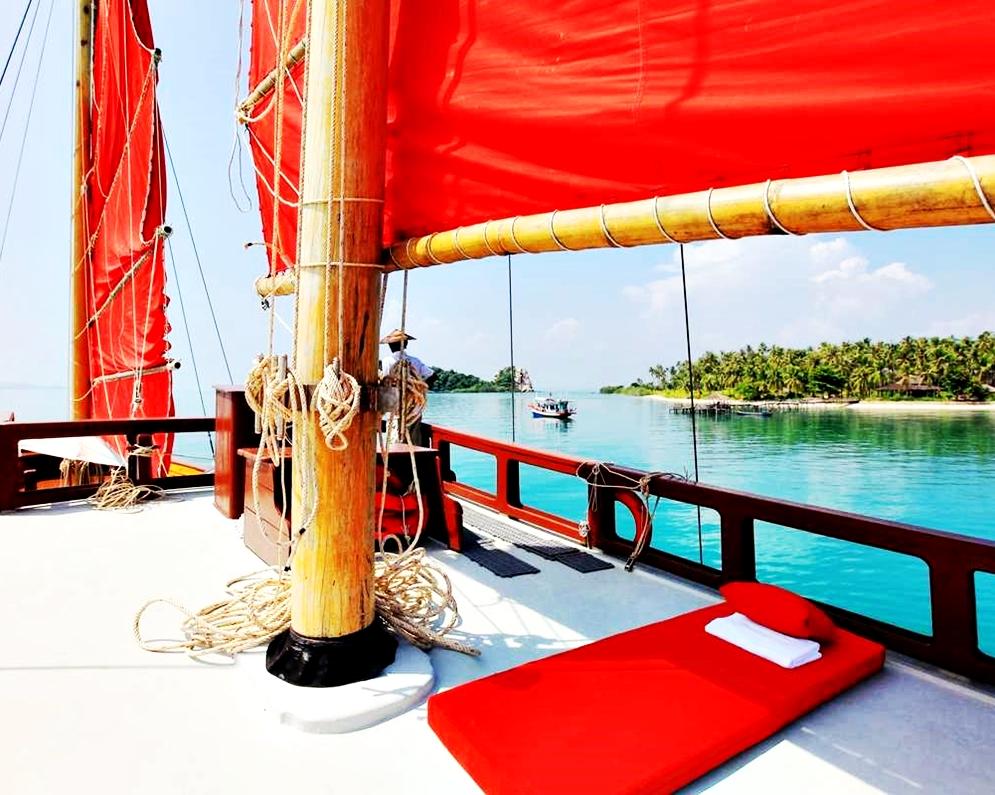 Koh Phangan Brunch Cruise by Red Baron