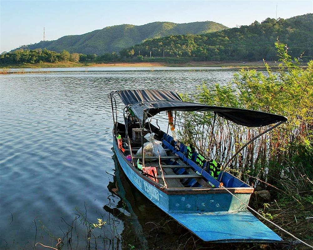Kaeng Krachan National Park and Boat Tour