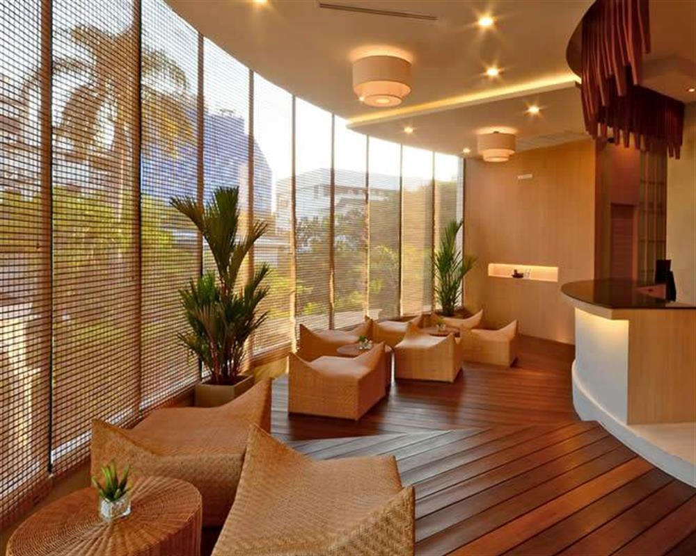 Let's Relax Spa Ekkamai Bangkok