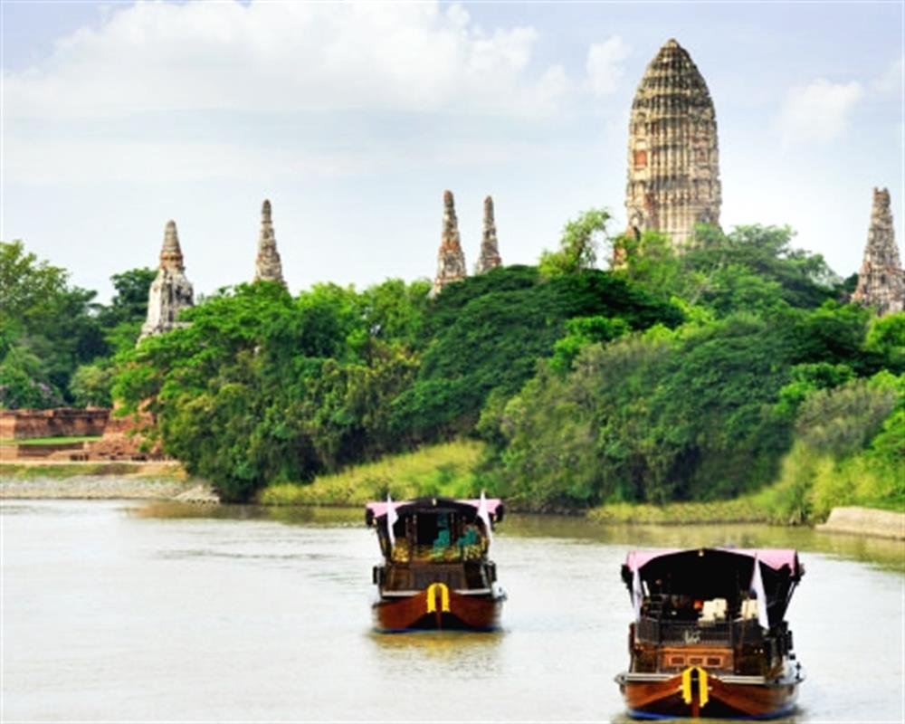 Ayutthaya Highlights Cycling Tour and Rice Barge Cruise
