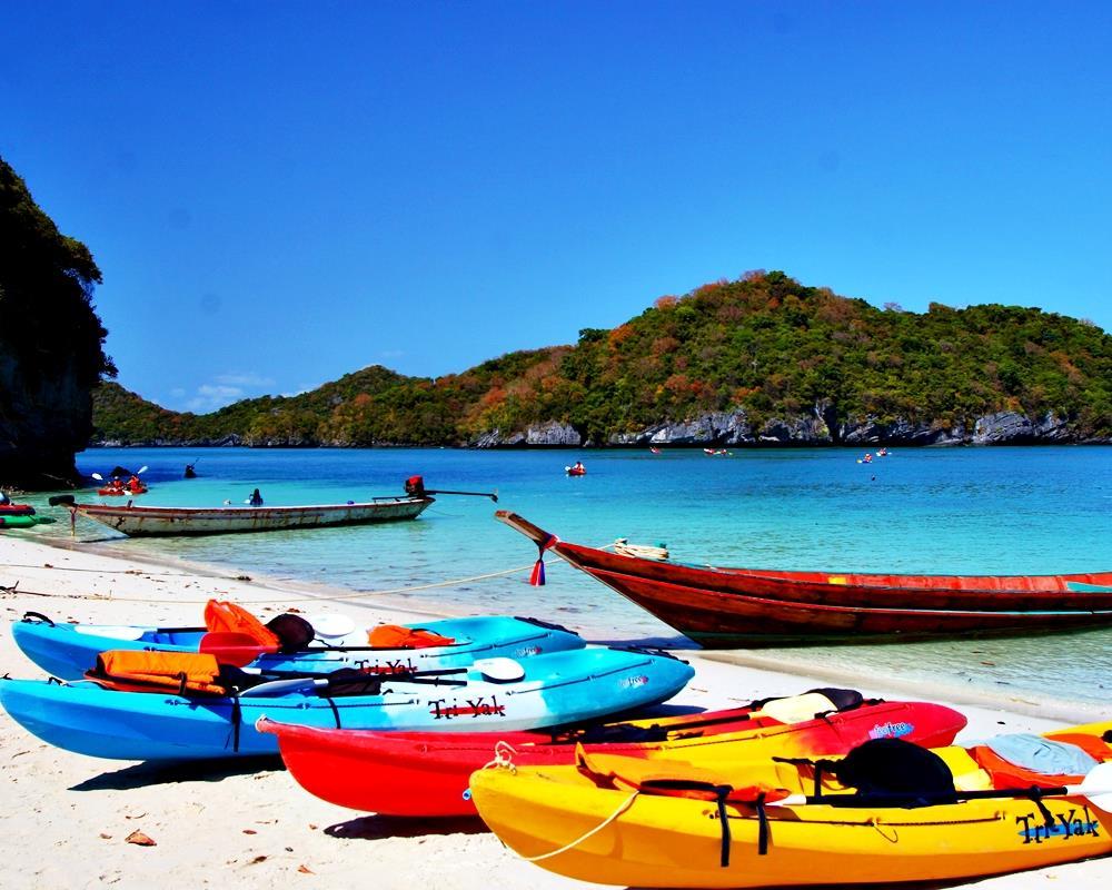 Ang Thong National Marine Park Tour by Big Boat