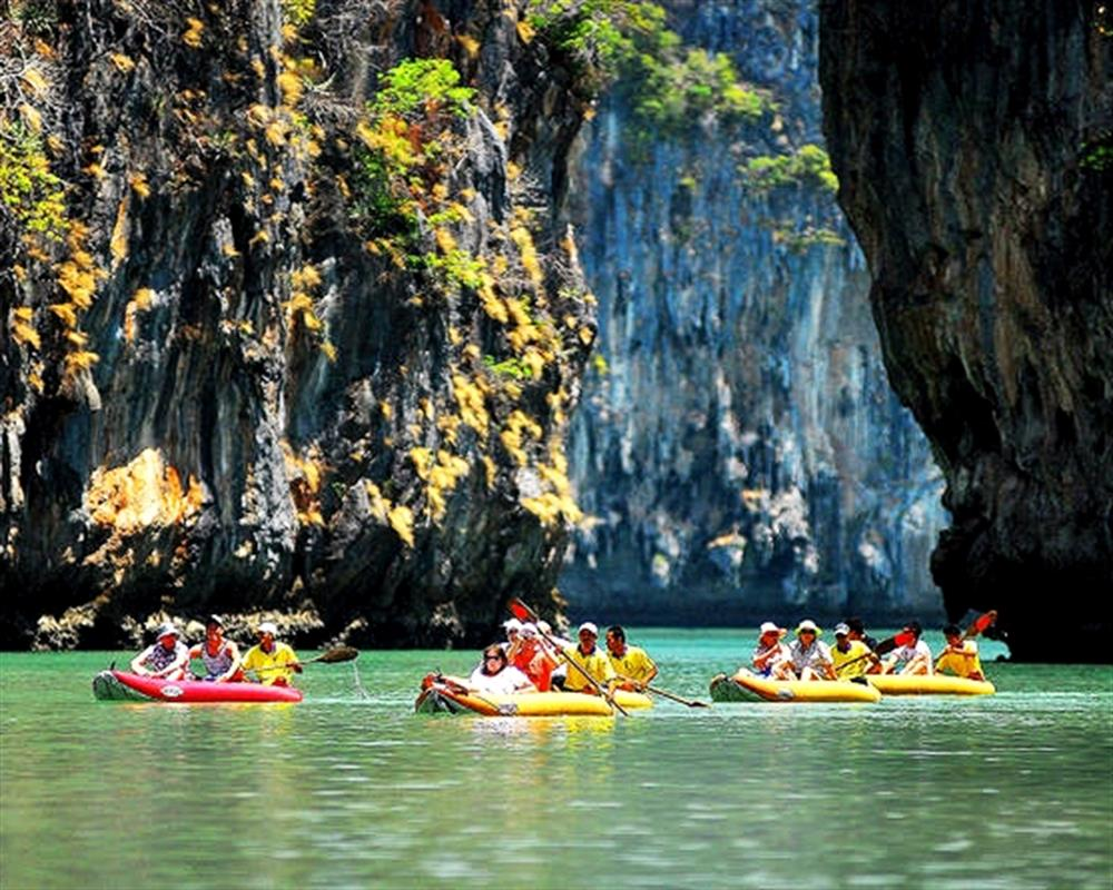 Phang Nga Bay Self Paddle from Phuket by Escort Boat