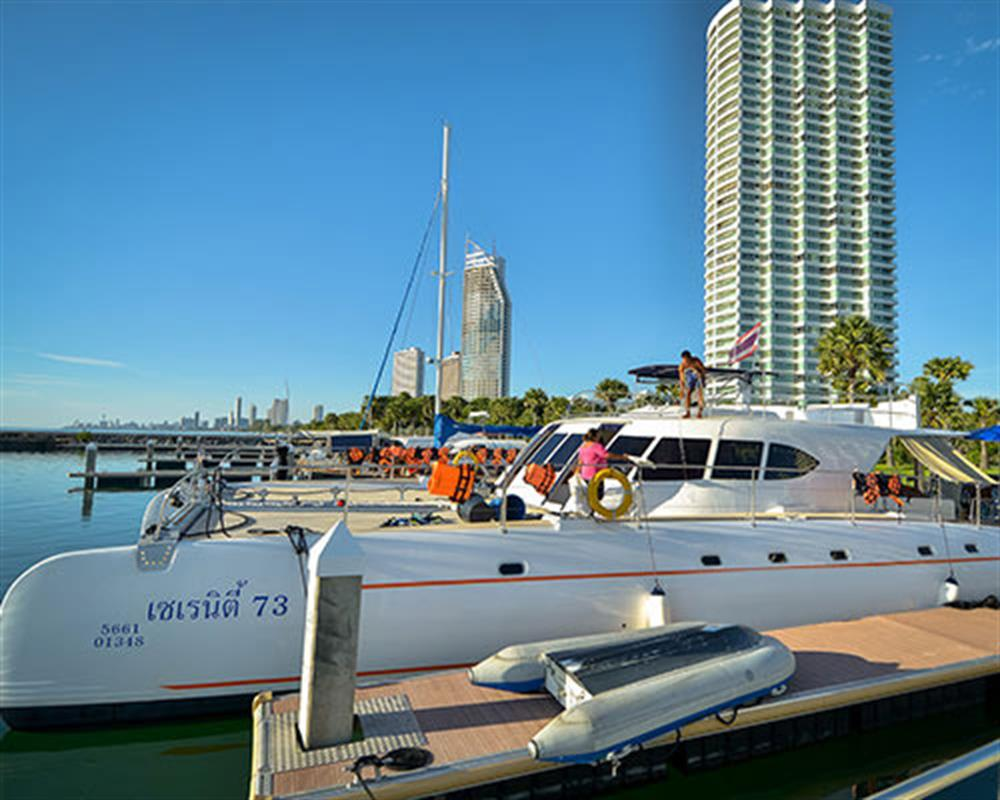 Pattaya Sea Excursion by Serenity Yachting
