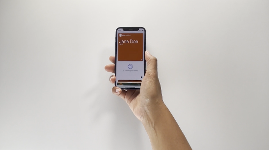 Usage of an NFC pass in Apple Wallet using an iPhone 12 mini