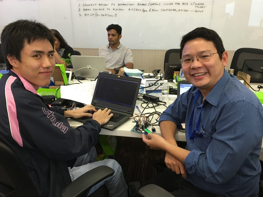 aws iot hackday thai team 1