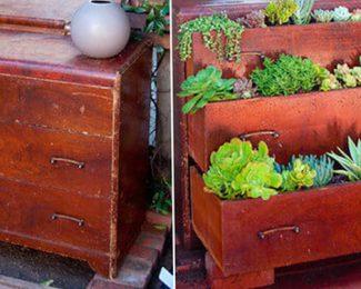 DIY : transformer une vieille commode en jardinière
