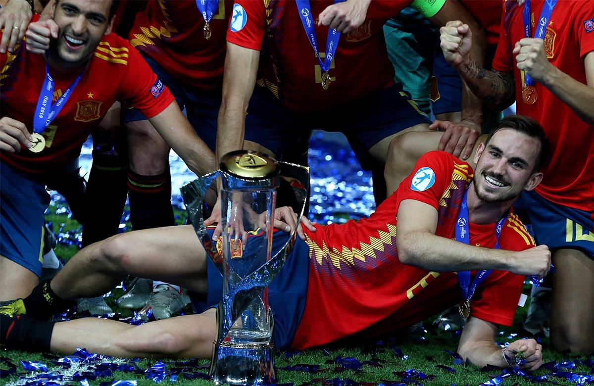 Фабиан Руис - лучший игрок молодежного Евро
