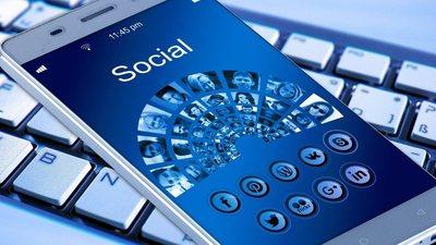 Смартфон и социальные сети