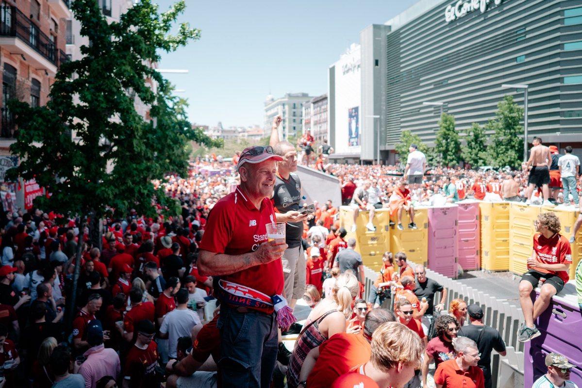 Фанаты Ливерпуля в Мадриде