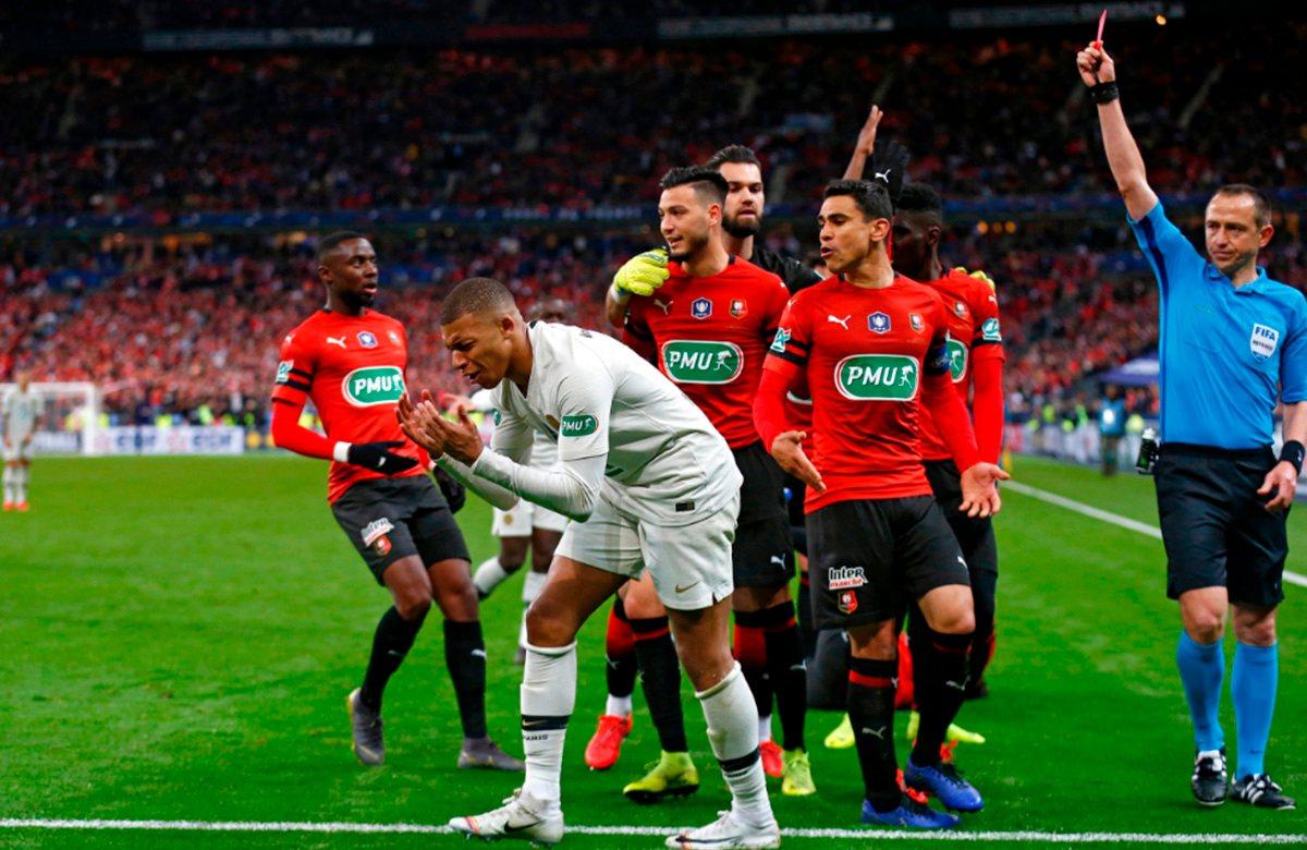 Удаление Мбаппе в финале Кубка Франции