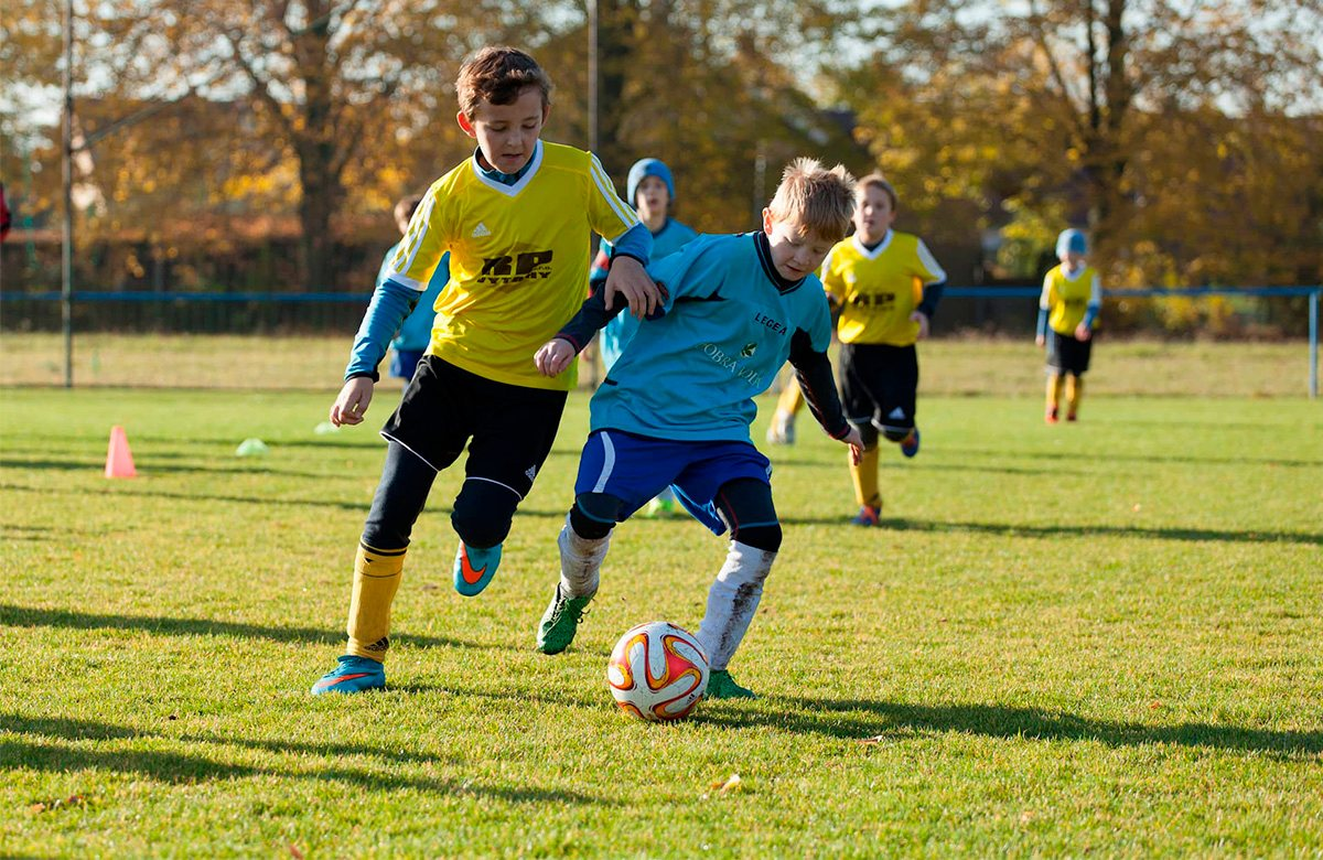 Игроки британской футбольной академии