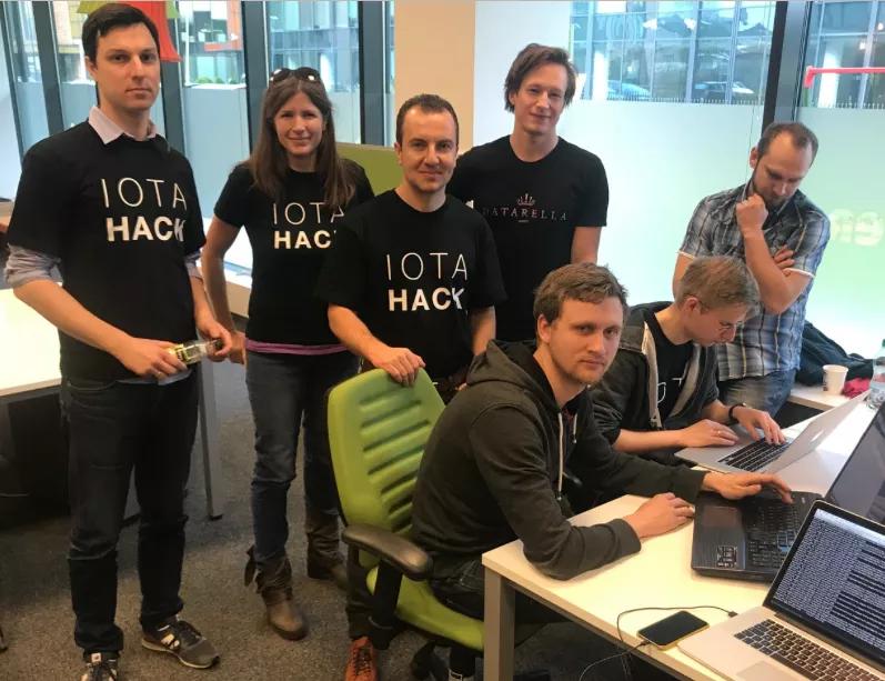 Команда IOTA