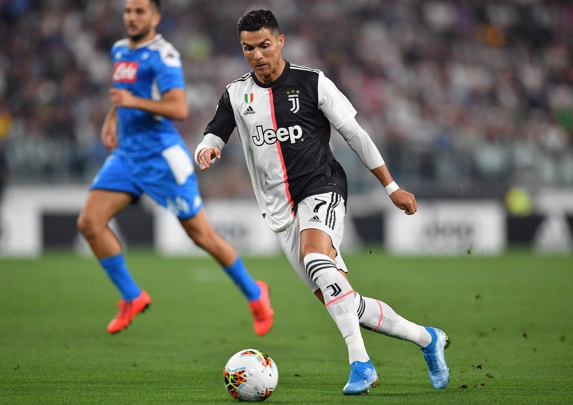 Роналду забил гол и много обострял