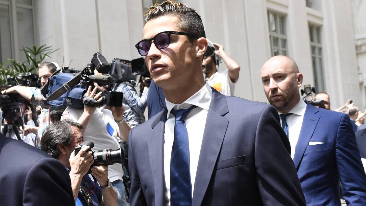 Криштиану Роналду перед судом