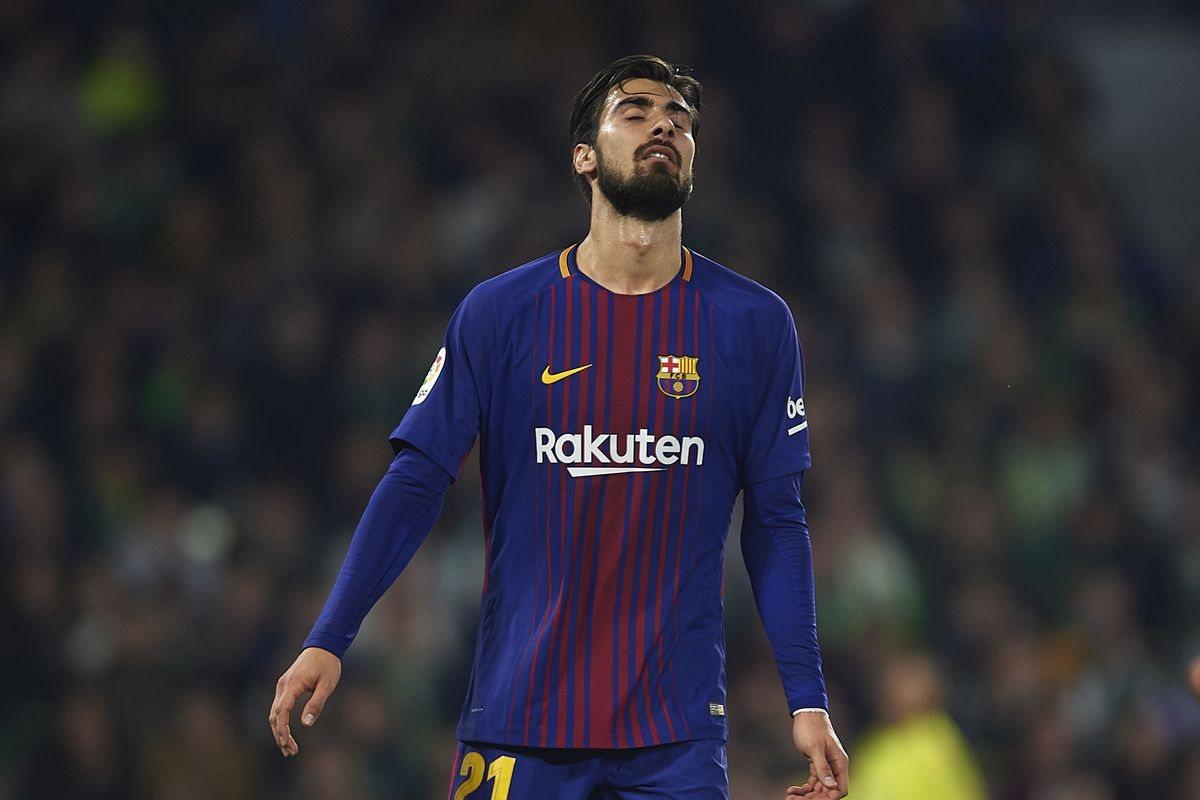 Андре Гомеш не справился с нервами в Барселоне