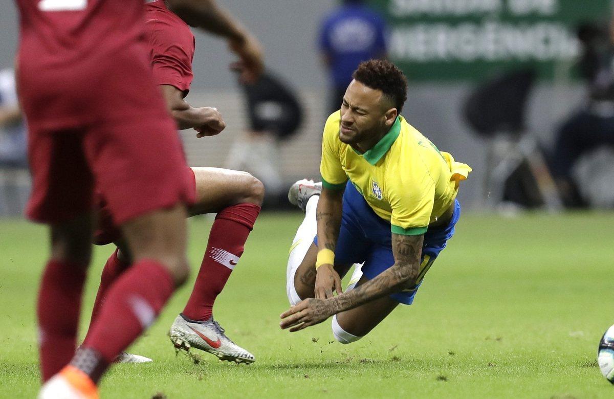 Неймар получил травму в матче с Катаром