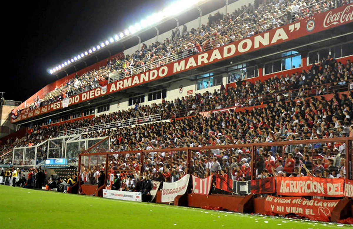 Эстадио Диего Армандо Марадона, Аргентинос Хуниорс